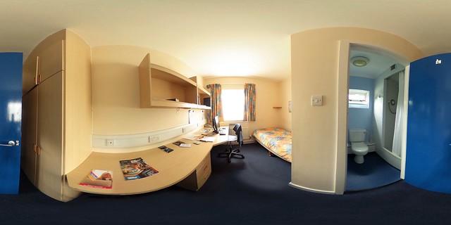 Wolfson Hall En suite Single Bedroom