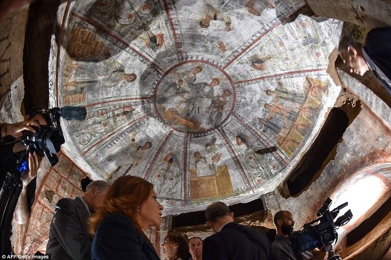 Thành phố ngầm huyền thoại của Kitô giáo ở Rome