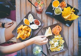 Sprawdzone  przepisy na trzy smakowite dipy