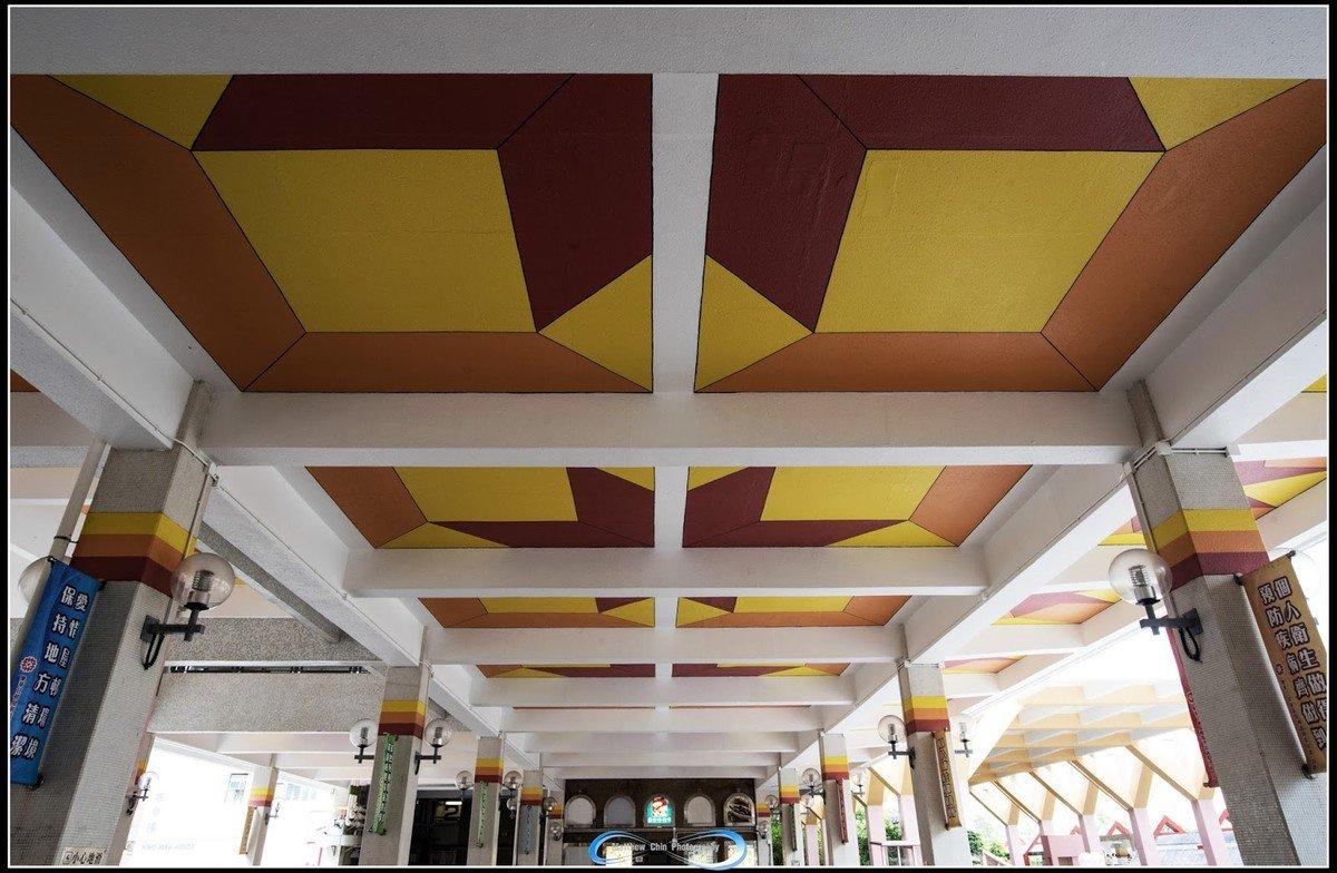 樂華商場天花星狀的圖案設計