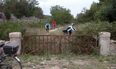 ciclo escursione acquedotto gioia-noci