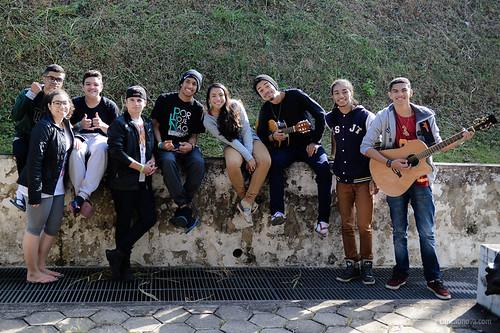 Jovens chegam na Canção Nova para o Acampamento PHN.
