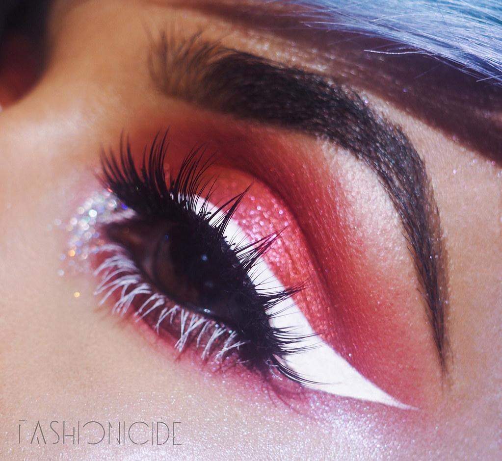 Demure Dimensional Lashes Makeup Look