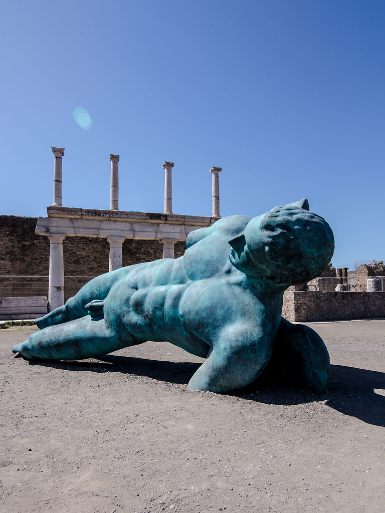 Naples – A Day at Pompeii