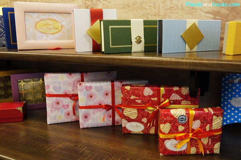 cerise alpha chocolates boxes