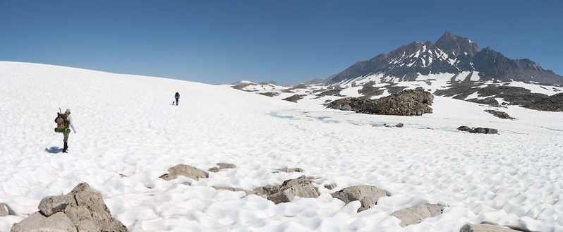 We come across a small frozen lake on our way to the Humphreys Lakes