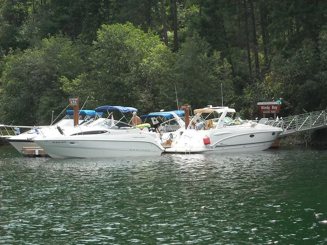 Lake Coeur d' Alene: Windy Bay