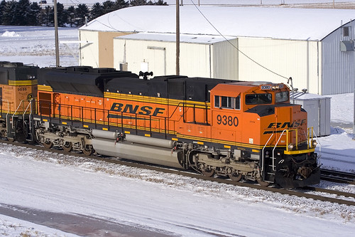 bnsf bnsf9380 emd sd70ace dilworth minnesota staplessub train railroad whitenumberboards