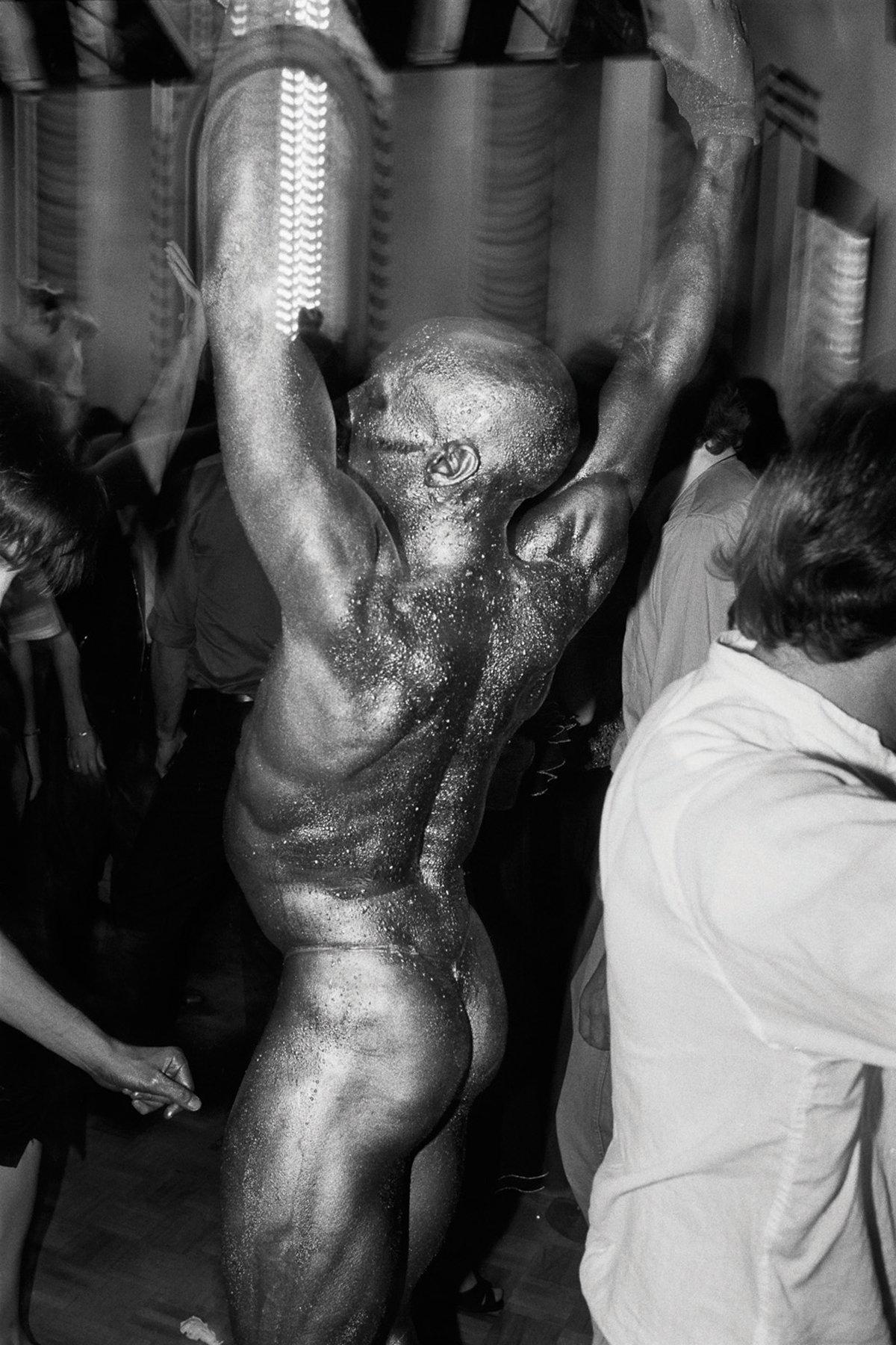 70年代美國紐約傳奇夜店「Studio 54」,政商名流性解放、嬉皮爆棚的 Disco 盛世27