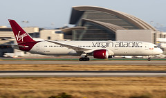 Virgin Atlantic Boeing 787 G-VOOH