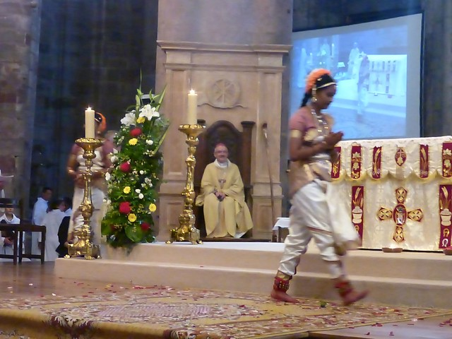 2017 06 25 Ordination presbyérale Manoj Visuvasam, cathédrale de Rodez (255)