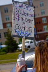 Protest at Fundraiser for Illinois Governor Bruce Rauner Rosemont 6-19-17 078