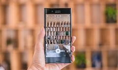 Sony Xperia XZ Premium in Glossy Chrome and Midnight Black