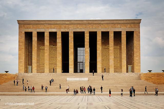 DSCF0847 Ataturk Mausoleum3cnrw