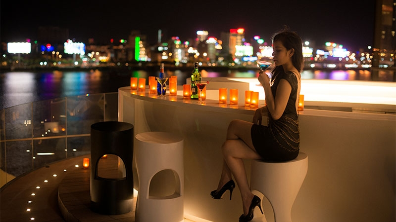 Chillout sessionzzz - Pool party at Novotel Danang Premier Han River 2