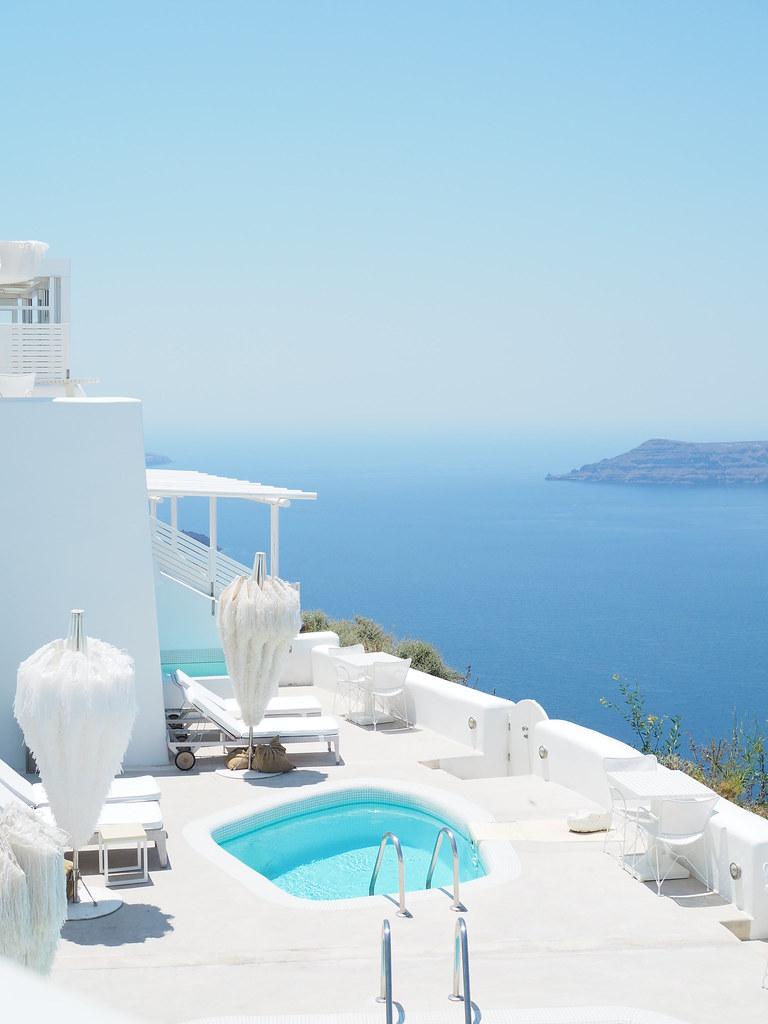 Santorini-hotelli
