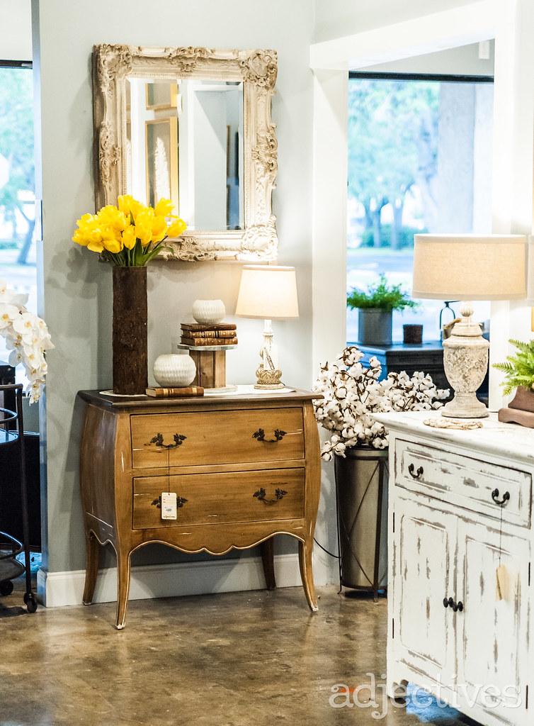 Dresser, 2 door sideboard and mirror in Altamonte