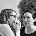 Le frisson des confidences conversatoires