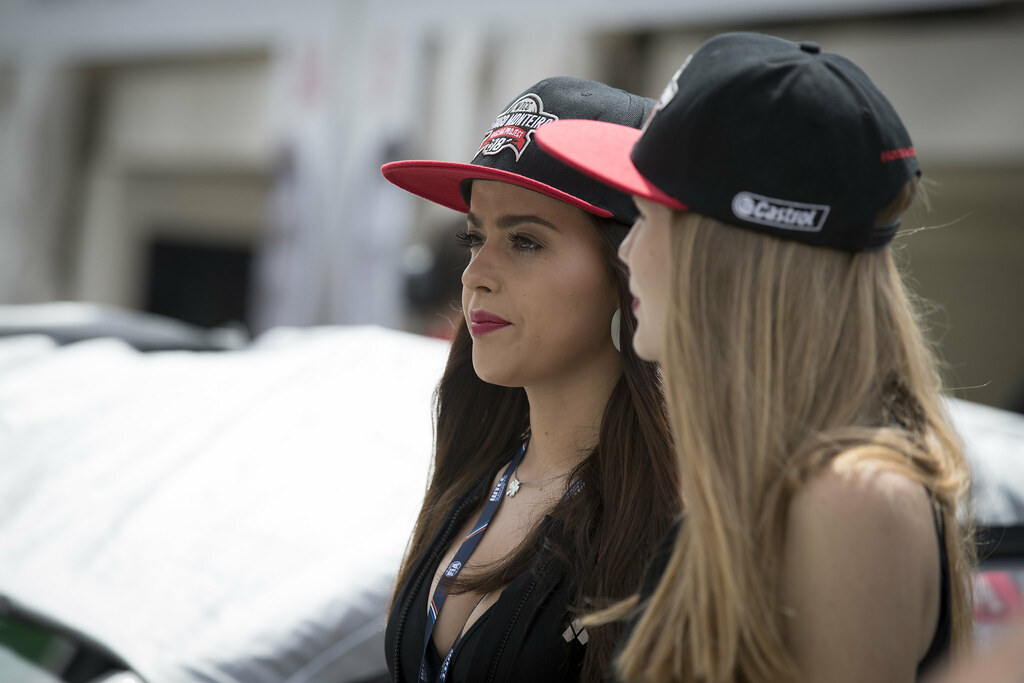 girls ambiance during the 2017 FIA WTCC World Touring Car Championship race of Portugal, Vila Real from june 23 to 25 - Photo Gregory Lenormand / DPPI
