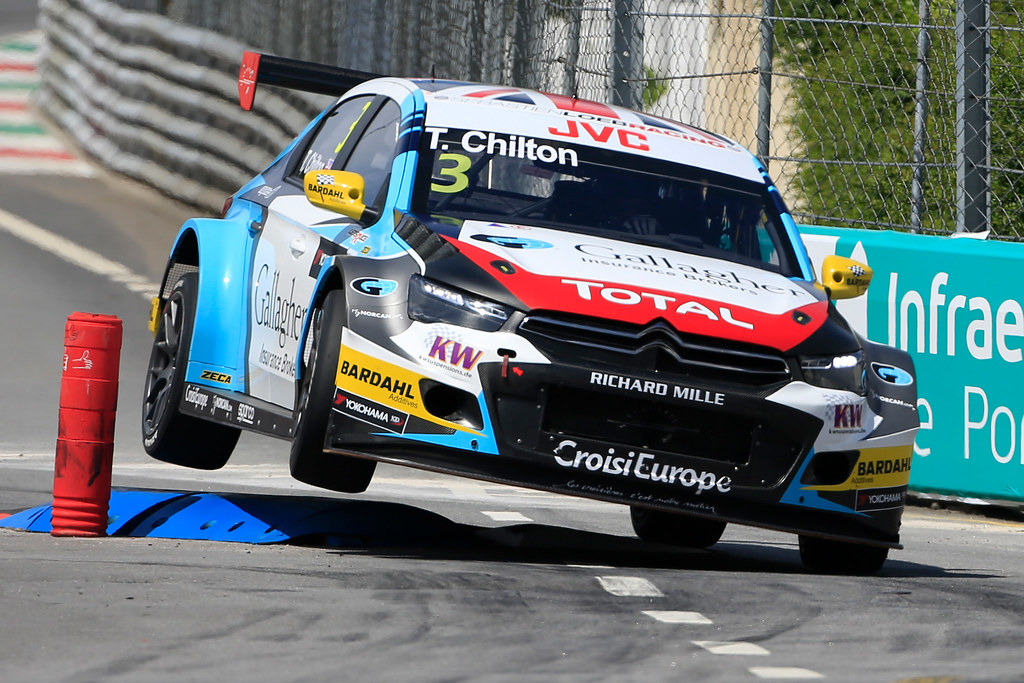 03 CHILTON Tom (GBR) Citroen C-Elysee team Sébastien Loeb Racing action during the 2017 FIA WTCC World Touring Car Championship race of Portugal, Vila Real from june 23 to 25 - Photo Paulo Maria / DPPI