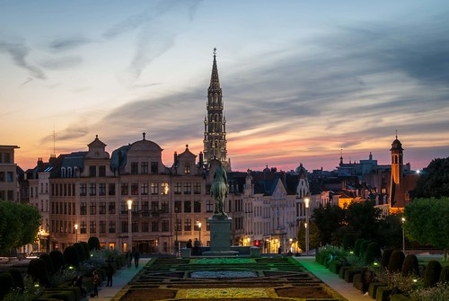 brussels brussel bruxelles belgium belgique belgïe sunset summer june colour colours montdesarts kunstberg lights long exposure longexposure architecture travel europe sky nikon d40x nikond40x