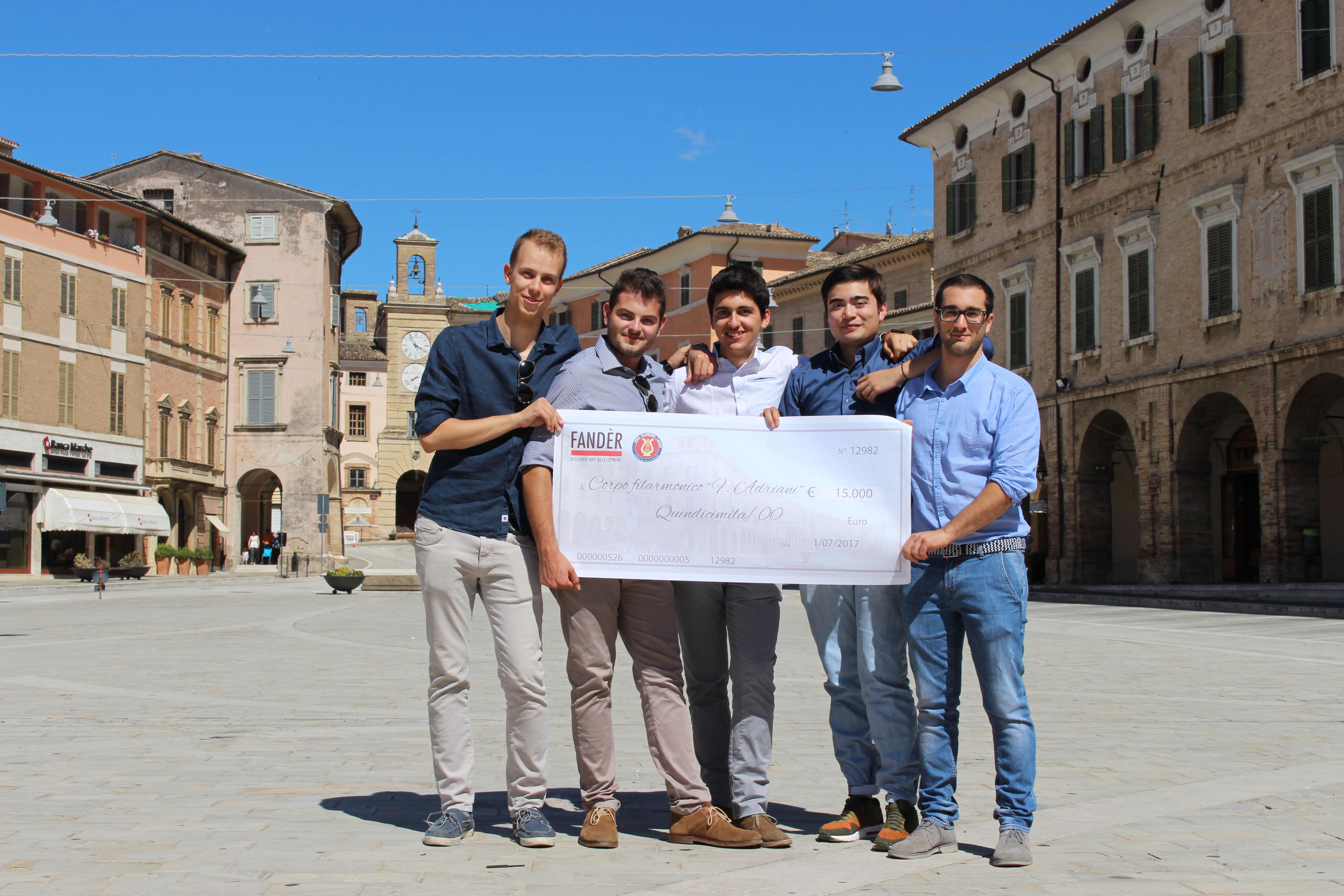 """Il gruppo """"Fander"""" di Parma in visita a San Severino Marche"""