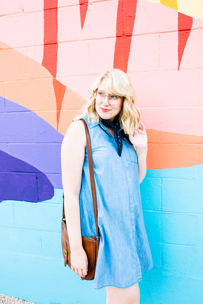 austin fashion blogger writes like a girl old navy denim dress5