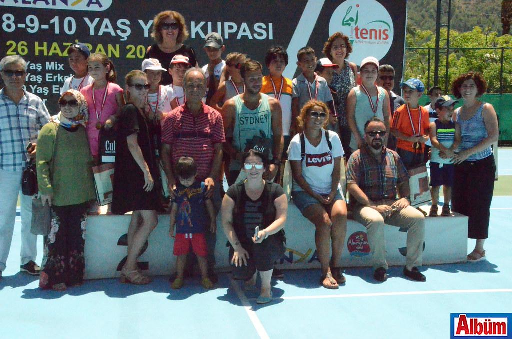 8-9-10 Yaş Yaz Kupası Tenis Turnuvası sonuçlandı3