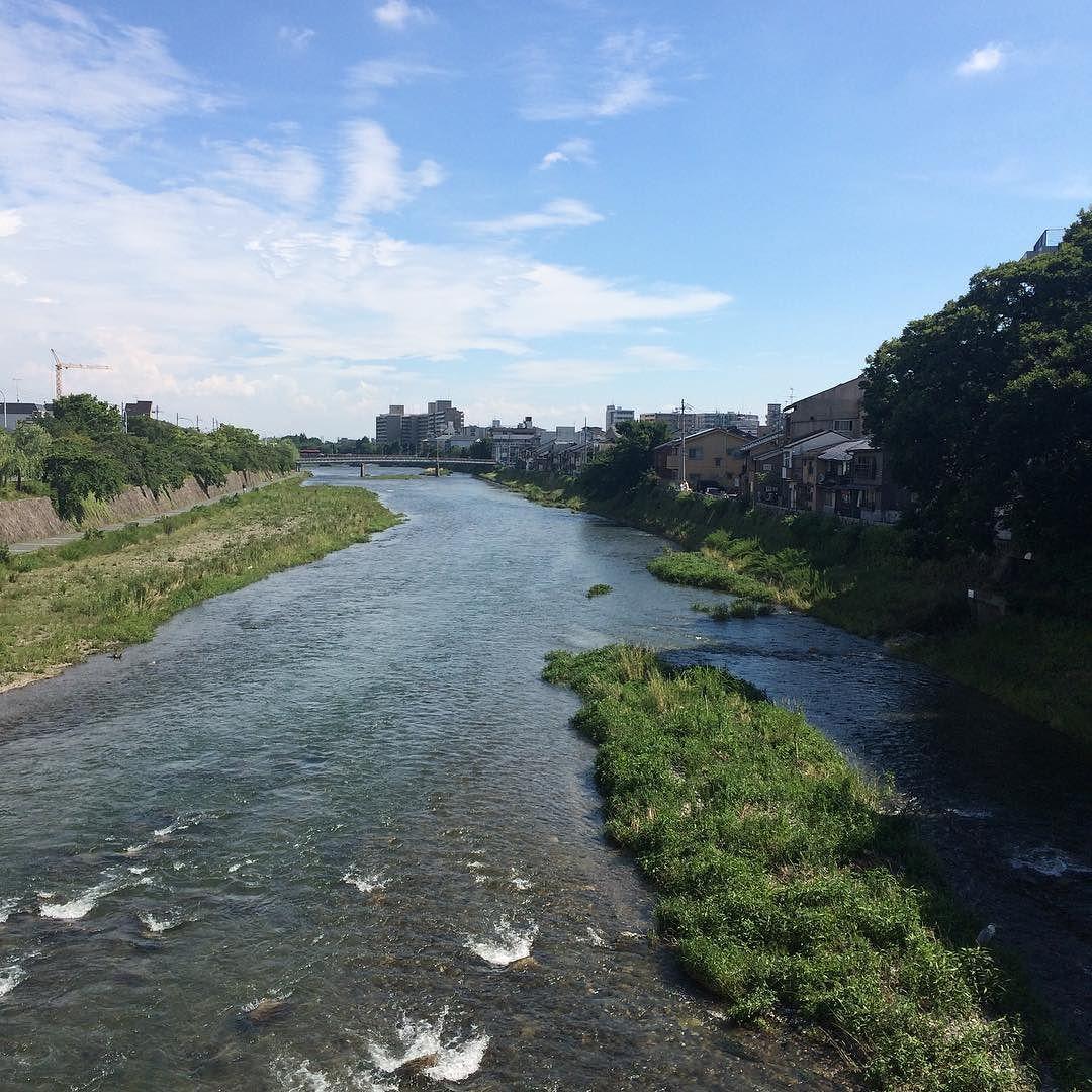 水量は多いけど、水は綺麗。 #今日の鴨川 #kyokamo #sky #イマソラ