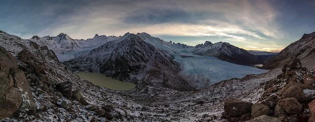 9593-Pano  Glaciares del Río Túnel y Laguna Túnel