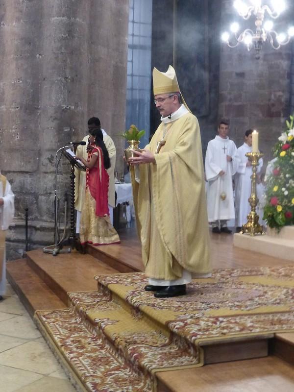2017 06 25 Ordination presbyérale Manoj Visuvasam, cathédrale de Rodez (88)
