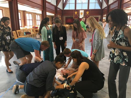 HEAL Students Participate in EMT Simulation