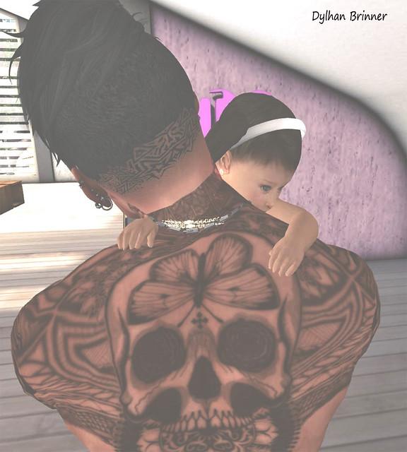 Ella hug me ღ