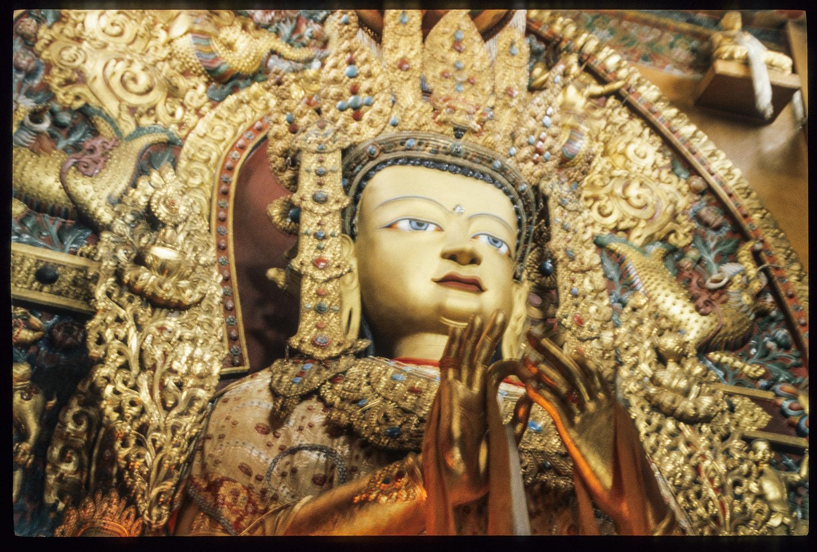 Boudnath temple, sous les yeux du Boudha - Aux pieds du Boudha