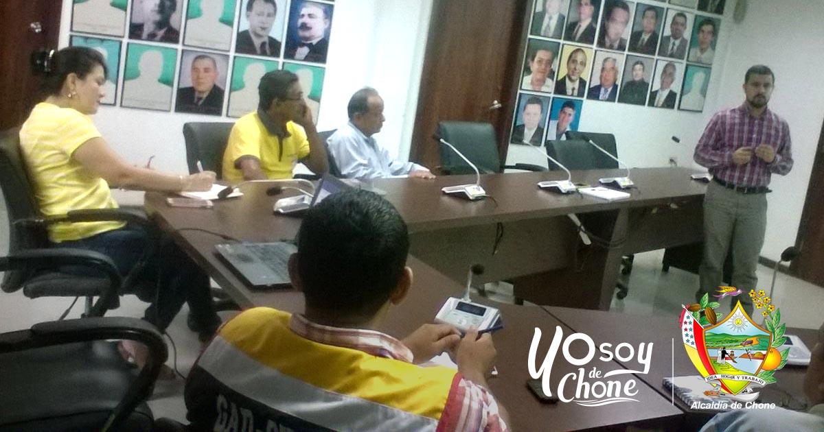 Socializaron modelo de gestión ambiental integral de Chone
