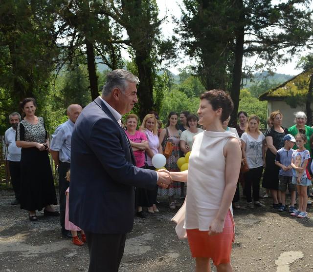 იუსტიციის მინისტრმა სოფელ კოხნარში საზოგადოებრივი ცენტრი გახსნა