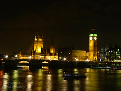 Big Ben &  Parliment at night