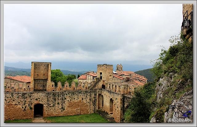 Pueblos mas bonitos de España en Burgos Frías (7)