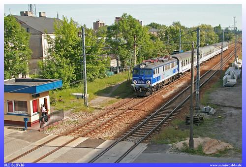 1 140 081 7 ep07 385 pkp polskie koleje państwowe intercity ic eisenbahn railroad railway train zug piotrków trybunalski elok elektro lokomotive electric locomotive
