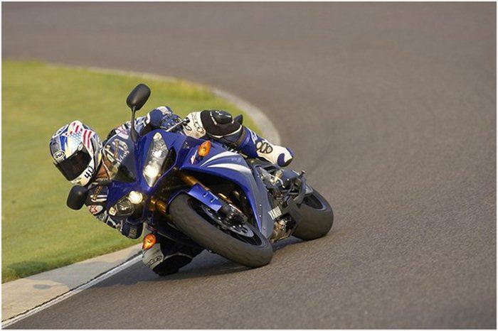 Yamaha YZF-R1 1000 2007 - 9