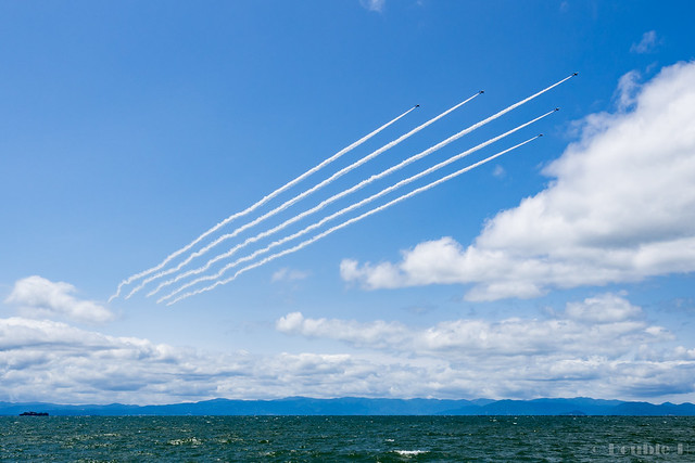 Blue Impulse's rehearsal flight for the 410th anniv. of Hikone Castle (3)