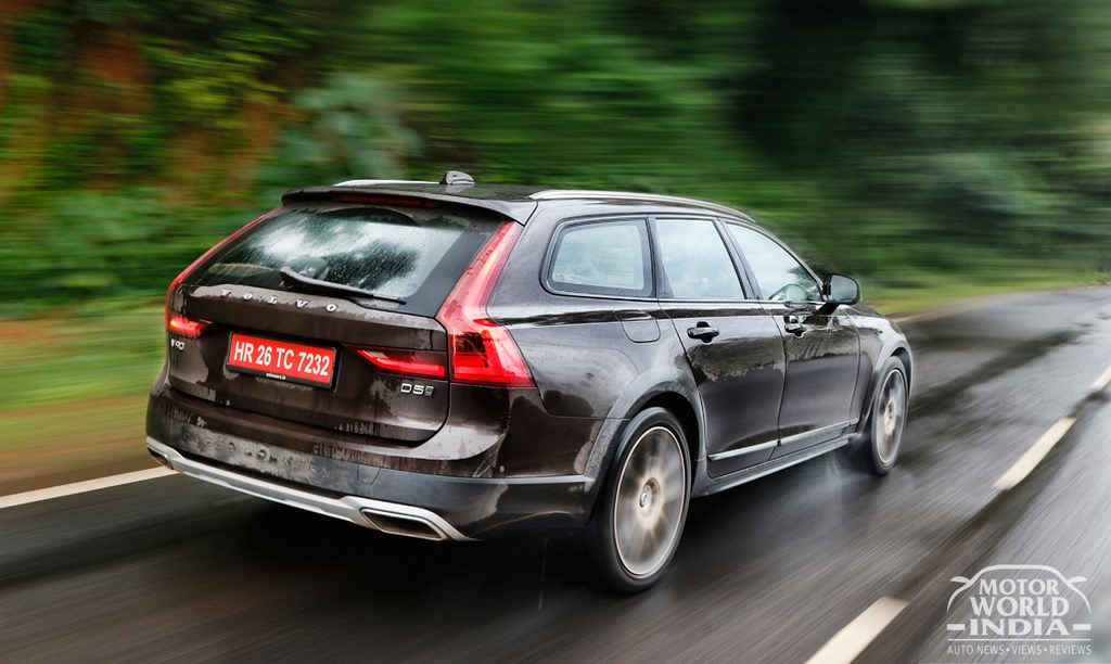 Volvo-V90-Cross-Country-Exteriors (31)
