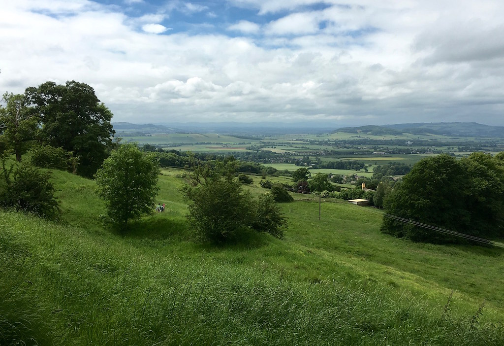 View from the Cotswold Escarpment Moreton-in-Marsh Grand Circular walk