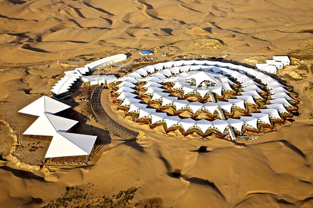 world most luxury desert resort mongolia desert tented resort glamping tent campsite Glitzcamp (6)