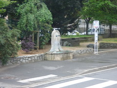 On the coach leaving Vienne - Cours de Verdun - drinking fountain