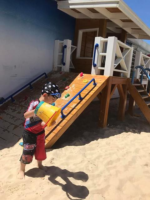 翰品酒店花蓮戶外泳池人造沙灘 (1)