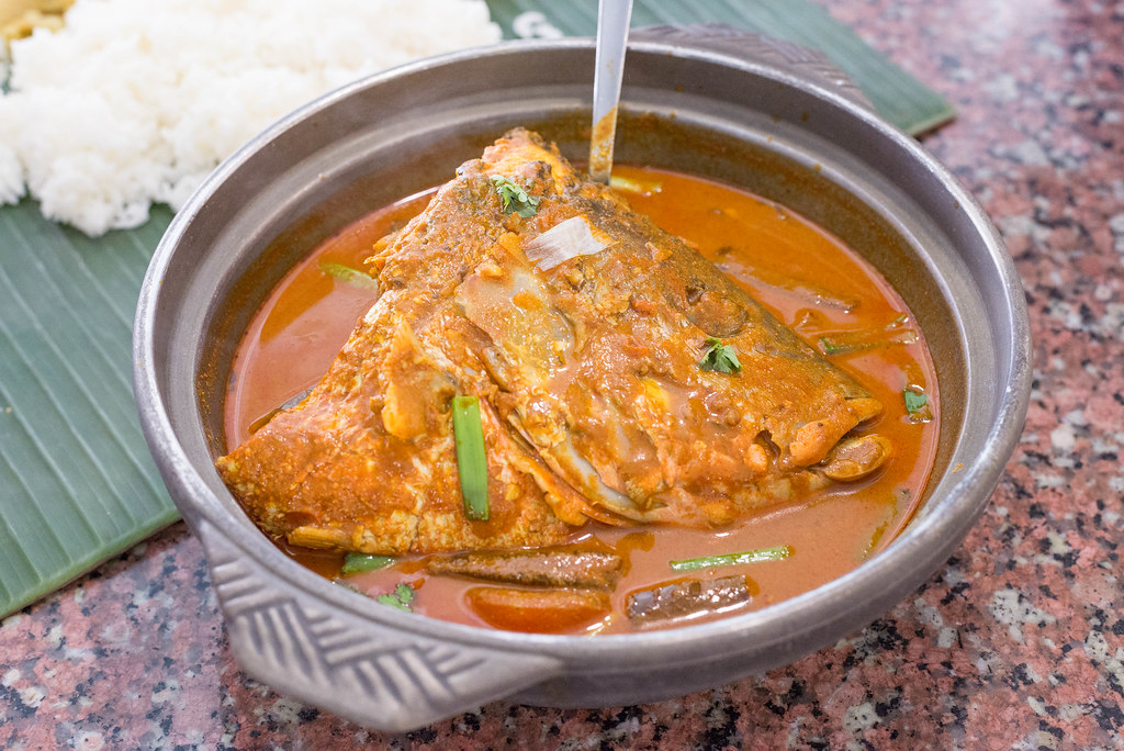 Fish Head Curries: Karu's Indian Banana Leaf Restaurant
