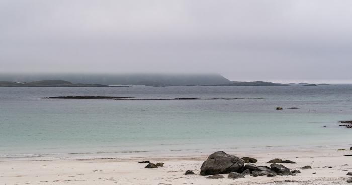 NorjaPohjois-Norja turkoosi vesi Haukland Lofootit uimaranta uimarannat hiekkarannat valkoinen hiekka matala ranta (1 of 1)