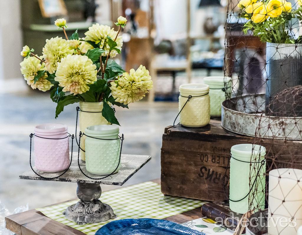 Pastel colored vases in Altamonte