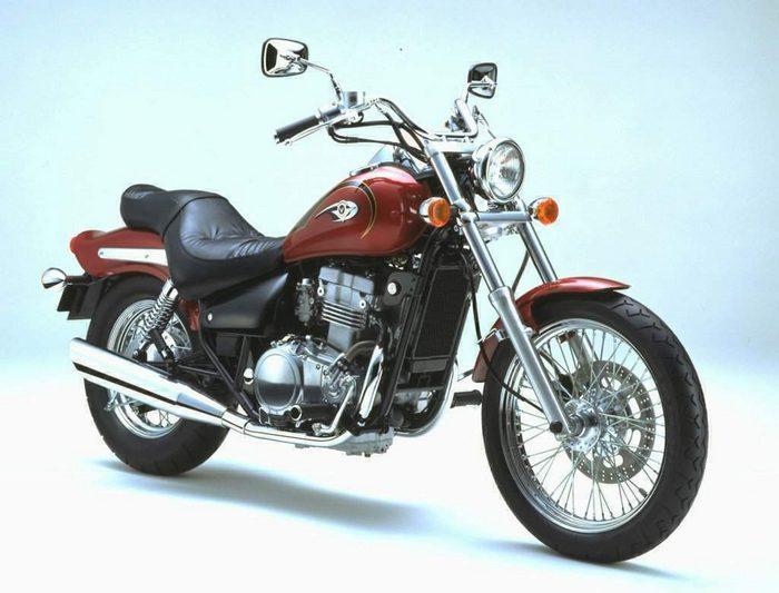 Kawasaki EN 500 Classic 1996 - 4